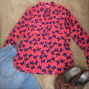 Beautiful Gap butterfly button down blouse